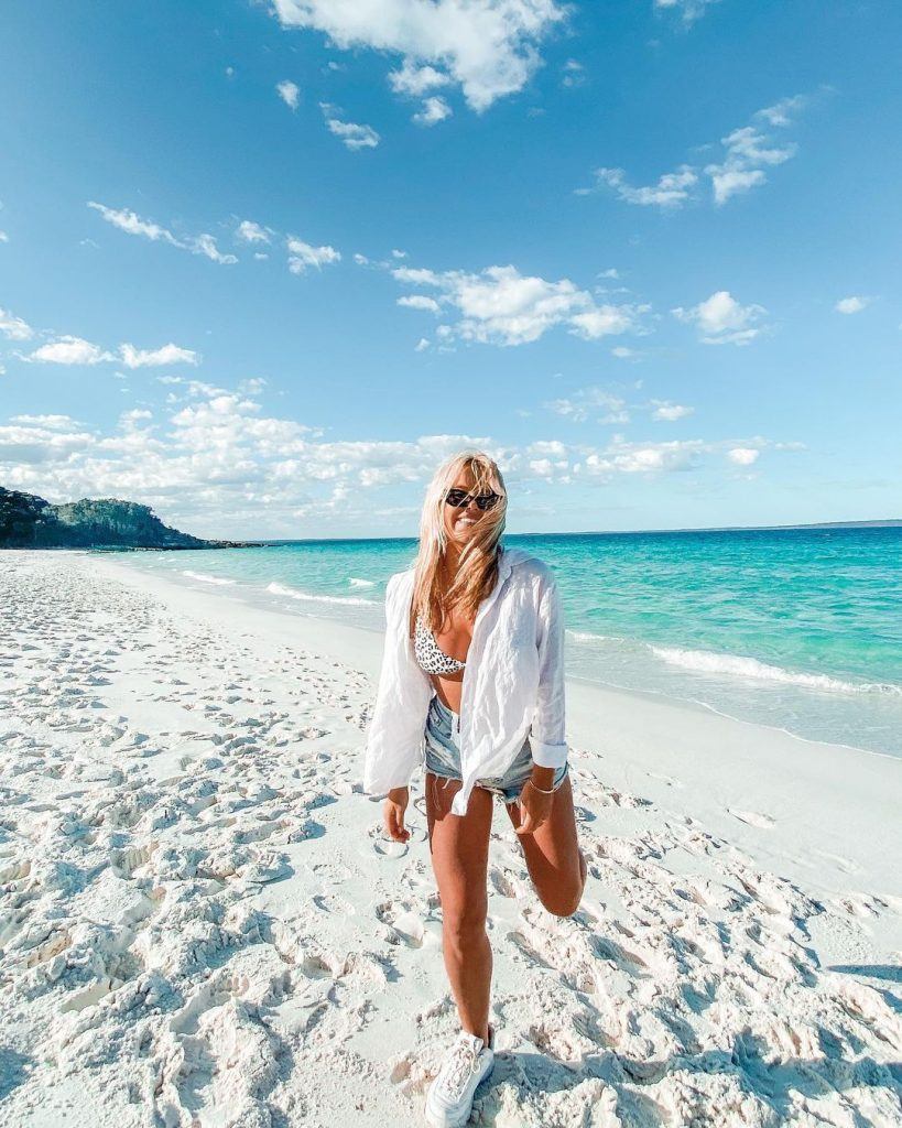 Hyams Beach near Jervis Bay has some of the whitest sand in Australia! You must stop here during your Melbourne to Sydney road trip drive.