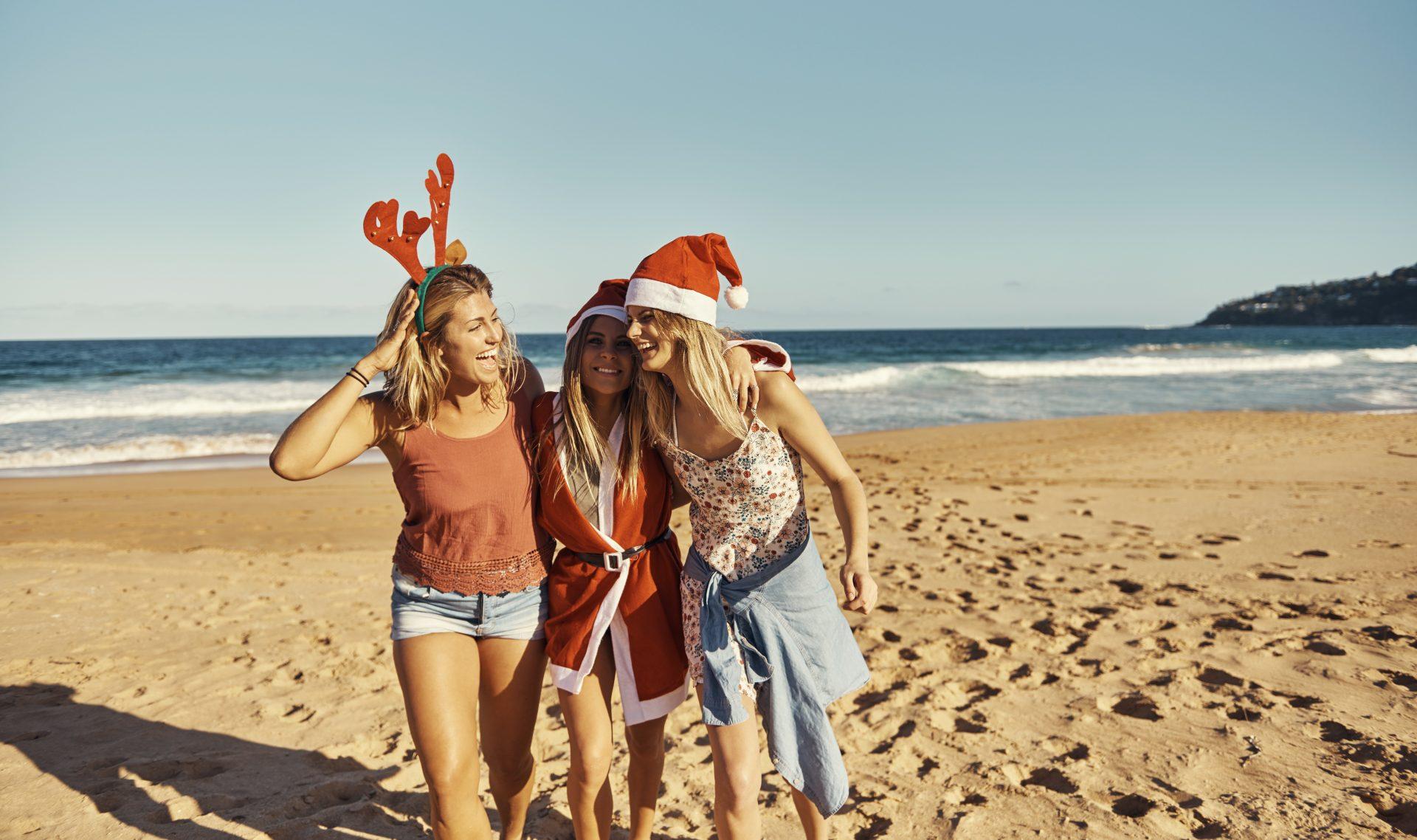 santa hats, beach