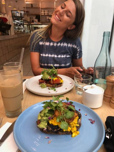 Friends, brunch, food